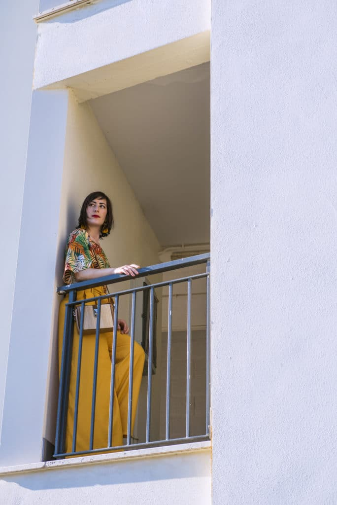 outfit_estivo_pantaloni_palazzo_gialli_3