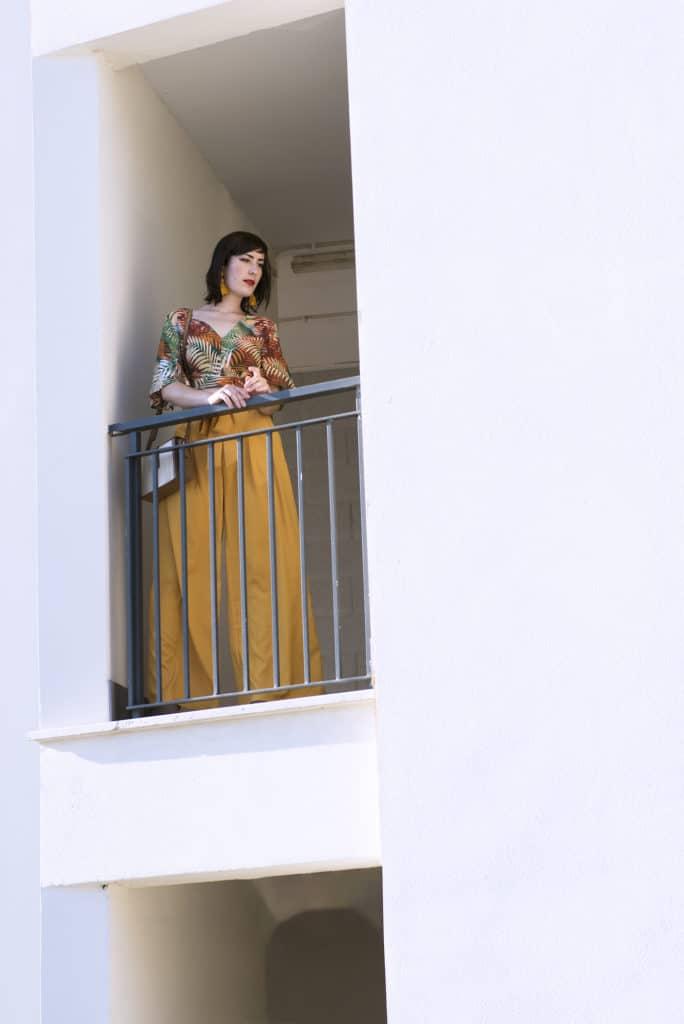 outfit_estivo_pantaloni_palazzo_gialli_4