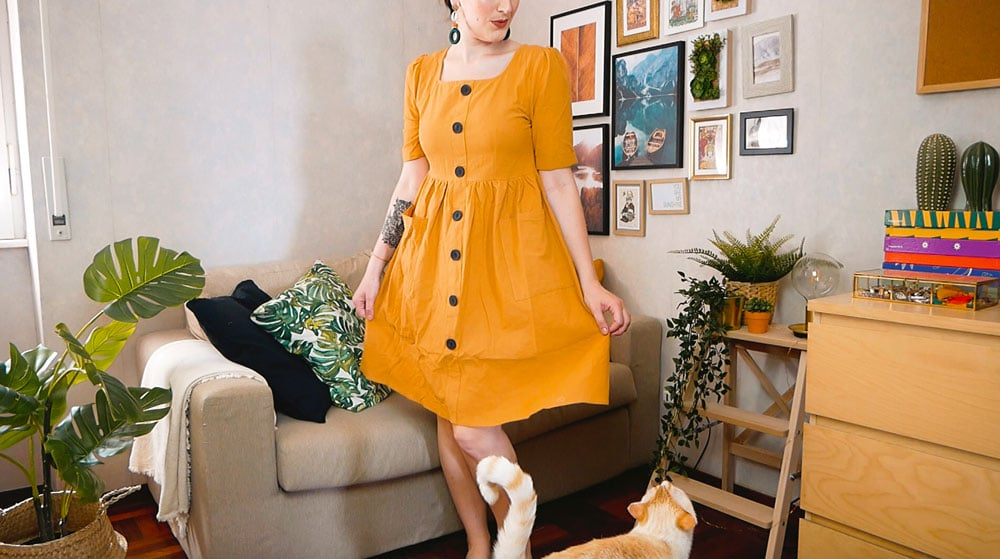 Shopping estivo su Shein vestito giallo senape con bottoni