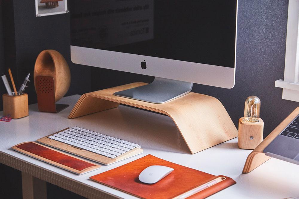 scrivania per lavorare da casa come freelance