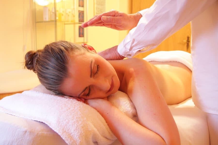 cura della pelle del corpo massaggio