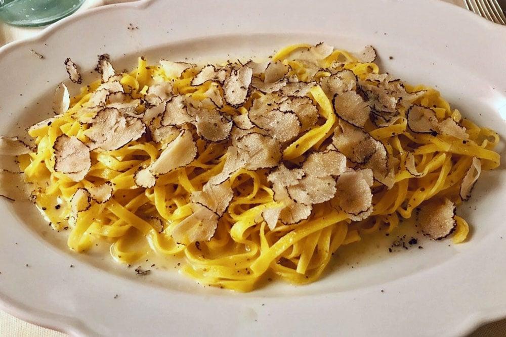 Dove mangiare a Gubbio Tagliatelle al tartufo