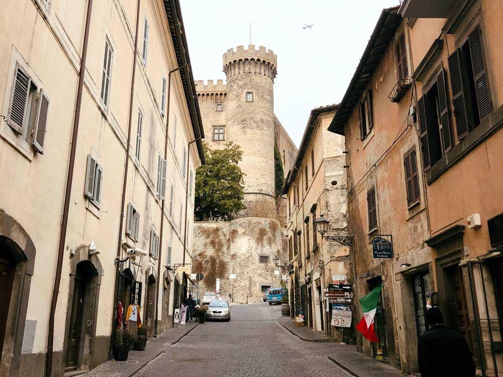 cosa vedere a bracciano Castello Orsini-Odescalchi