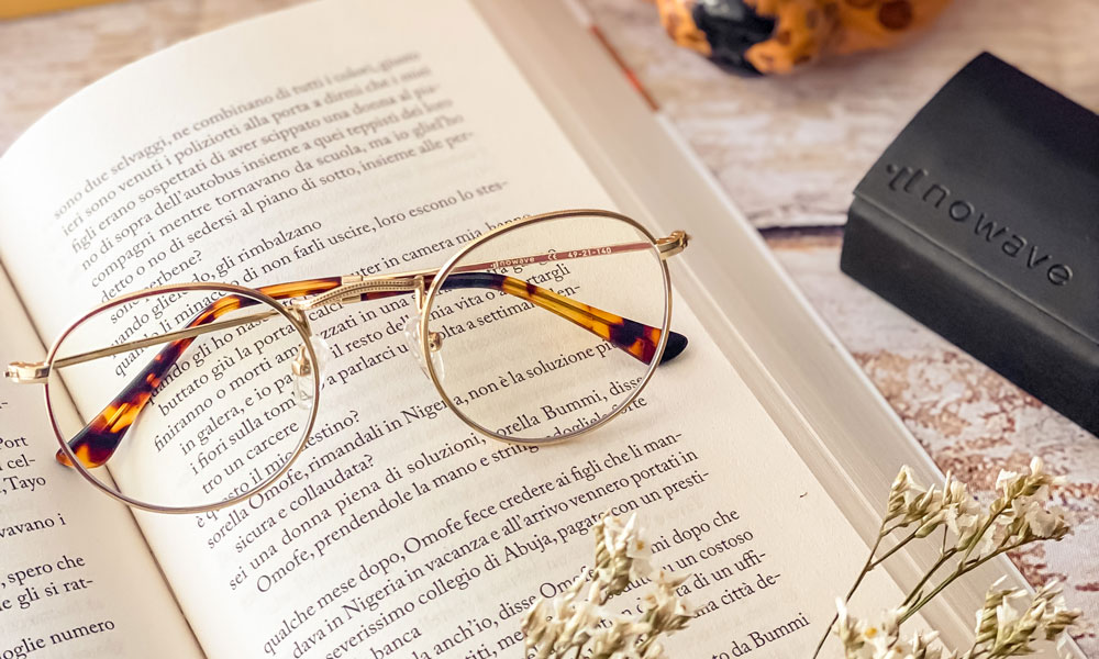 occhiali con lenti anti luce blu